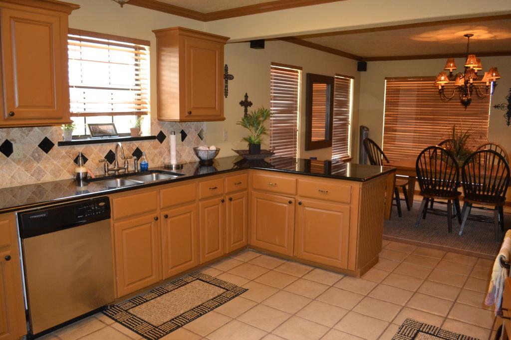 Lake Travis Paradise Kitchen