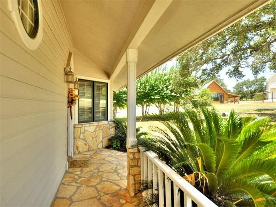 Front Porch of Lake Travis Casa